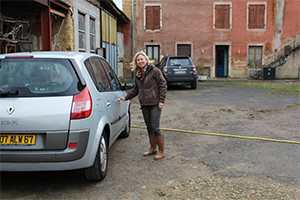 Nadine j'arrive chez Michel Piret à Saint Georges de Reneins